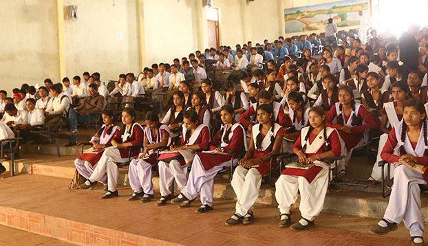 """Literacy via Photography""                                               – Youth Skill Building Program"